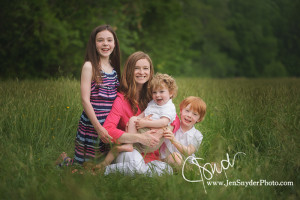 Baltimore child and family photographer Jen Snyder https://jensnyderphoto.com